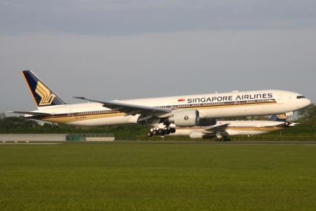 Singapore Airlines' freight down 12% in January