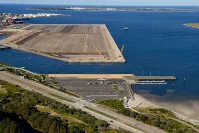 Hutchison Port Holdings awards construction contract for Port Botany