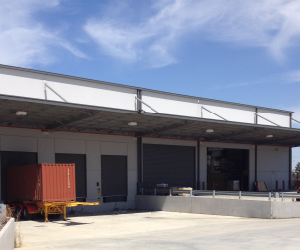 5000 sq. metre warehouse distribution facility below market rental!