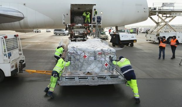 Air cargo volumes indicate worldwide trade slowdown
