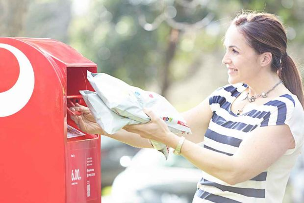 eBay teams up with Australia Post to fight Amazon