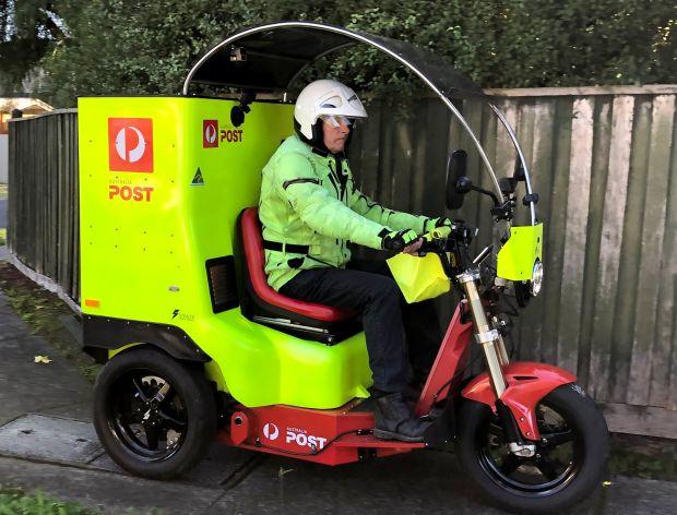 Australia Post Stealth vehicle electric trike