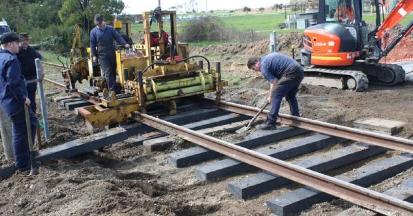 Trains travelling through Richmond in Victoria will now be running on railway sleepers made from recycled plastic.