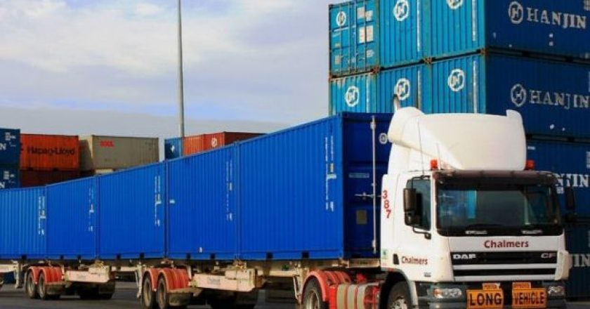 Qube Chalmers super-b-triple container transport