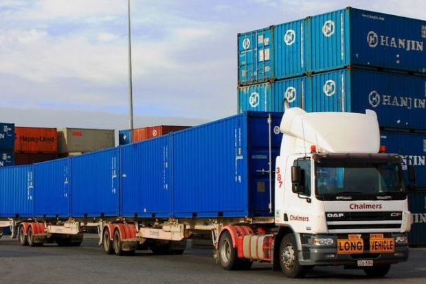 Qube to snap up Chalmers container transport
