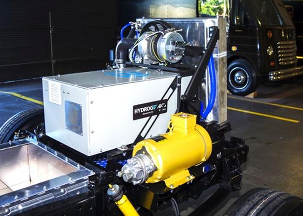 UPS unveils first extended range fuel cell electric delivery vehicle