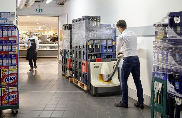 Electric hand pallet truck launched